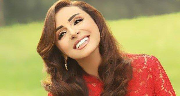 Photo of سميرة سعيد بدلاً من أنغام في مهرجان الإسكندرية !