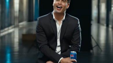 صورة عمرو دياب يبدو شاباً في احدث أعلان مع بيبسي