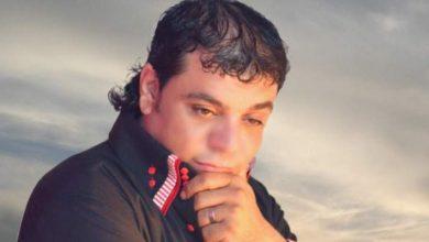 """صورة نجل شعبان عبدالرحيم يوجّه رسالة إلى هاني شاكر: """"شخص يحتكر أغاني والدنا"""""""