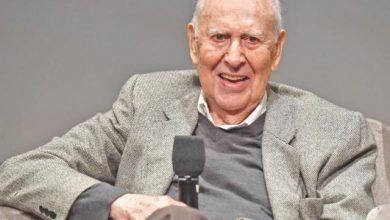 Photo of رحيل كارل راينر عن عمر 98 عاماً