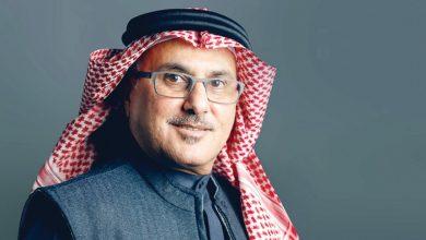 صورة خالد الشيخ يستقبل منحوته من الشهير حسين آل نوح