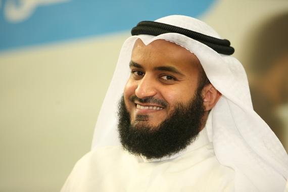 صورة المنشد راشد العفاسي يغني مع فضل شاكر من الحان الهرمي !