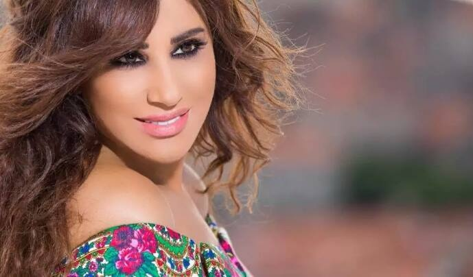 Photo of #نجوى_كرم : #فنان_العرب رفض غناء قصيدتي !
